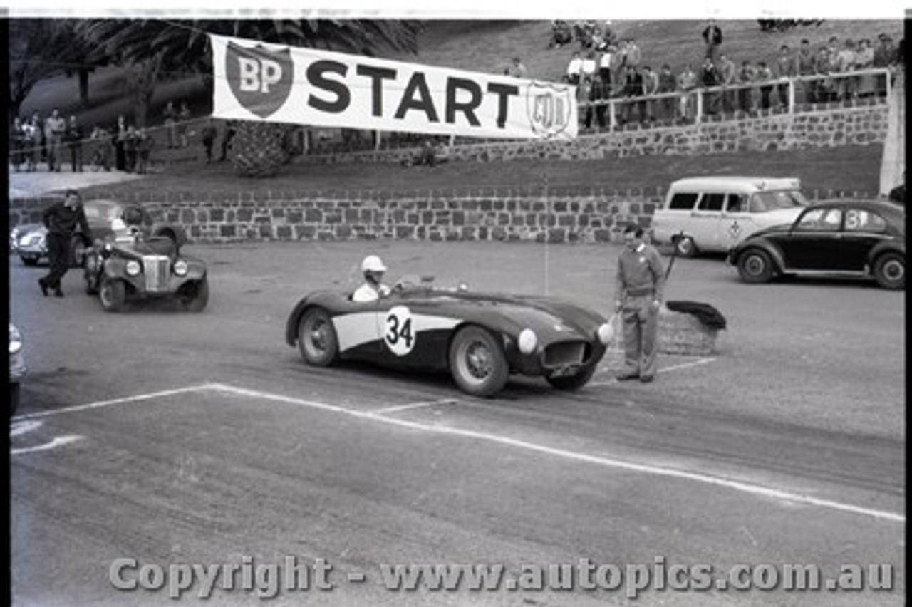 Geelong Sprints 23rd August 1959 -  Photographer Peter D'Abbs - Code G23859-36
