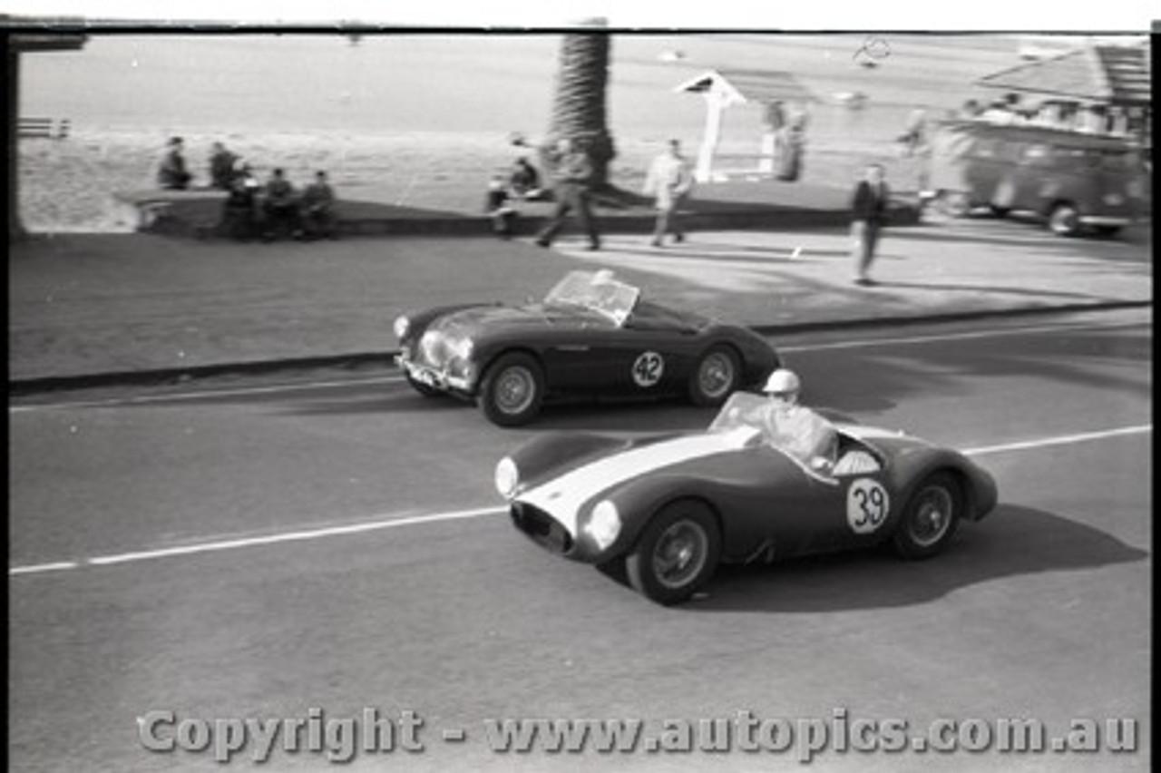 Geelong Sprints 23rd August 1959 -  Photographer Peter D'Abbs - Code G23859-39
