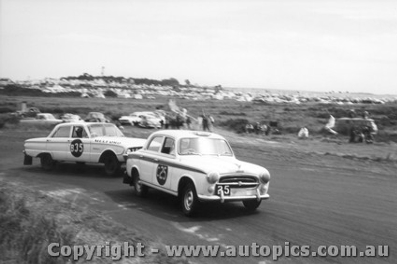 61705 - Holden / Brigden / Bridge Peugeot 403  Harper / Fisher / Reaburn Ford Falcon - Armstrong 500 Phillip Island 1961