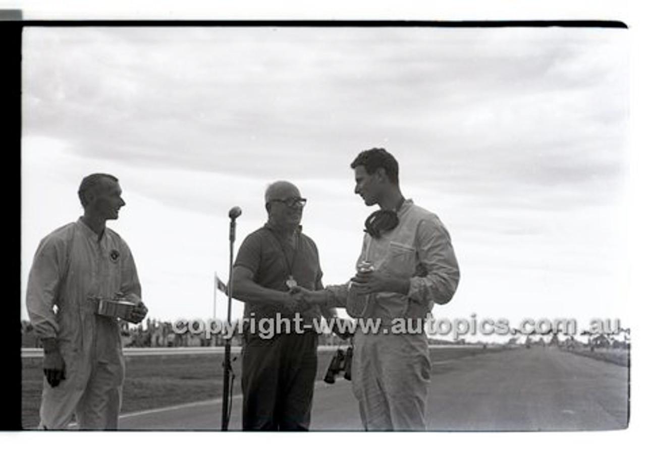 Calder 1965 - Photographer Peter D'Abbs - Code 65-PD-C-24165-001