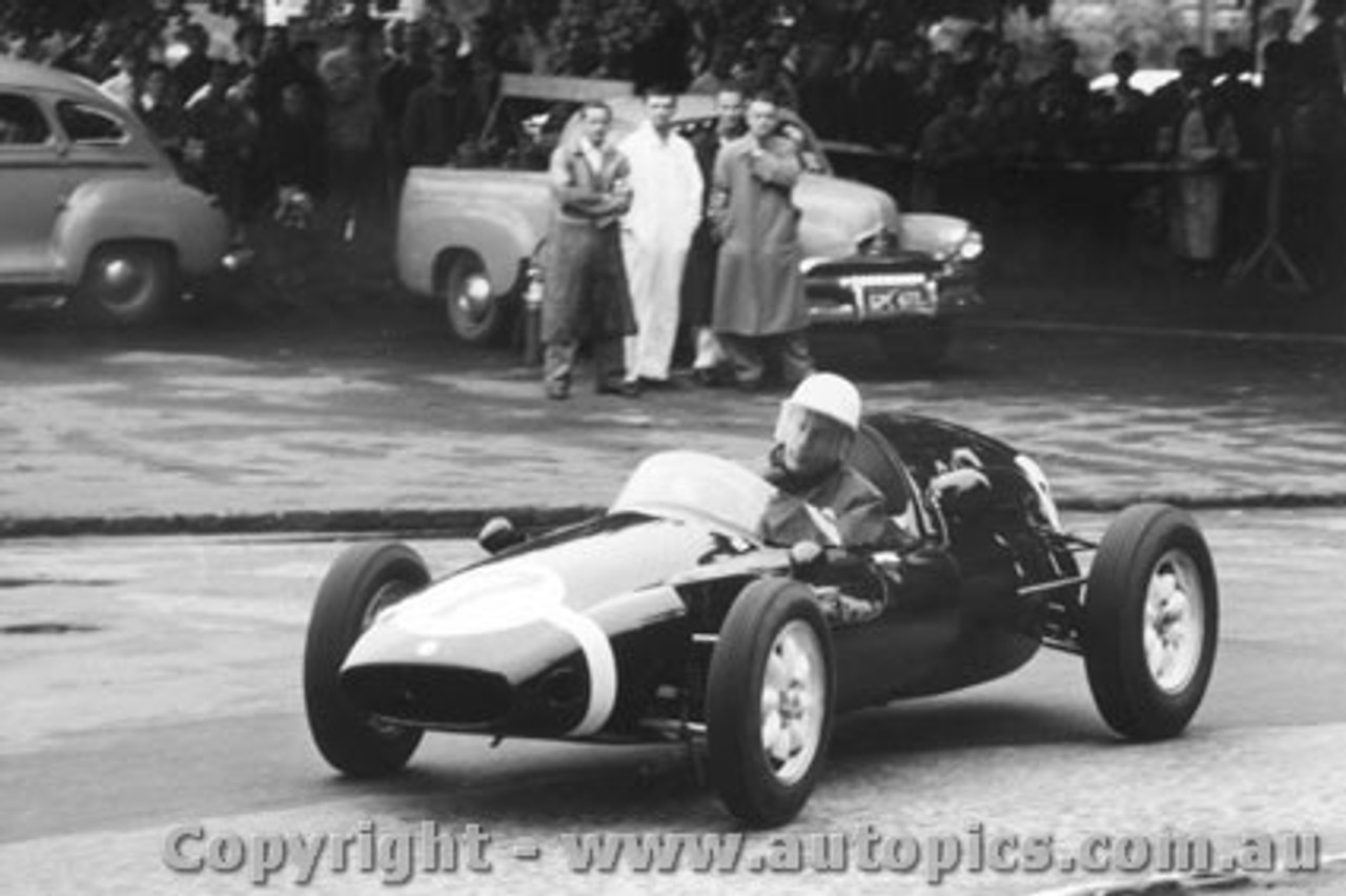 58503 - Stirling Moss - Cooper - Albert Park 1958