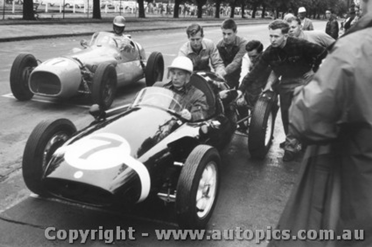 58505 - Stirling Moss - Cooper -   Car 17 J. Myers WM Special - Albert Park 1958