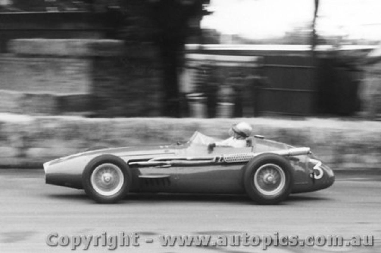 58512 - B. Stillwell Maserati 250F - Albert Park 1958