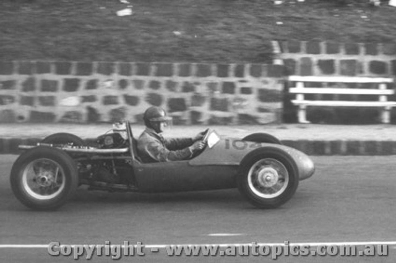 60502 - A. Staton - BRM  500 - Geelong Speed Trials 1960