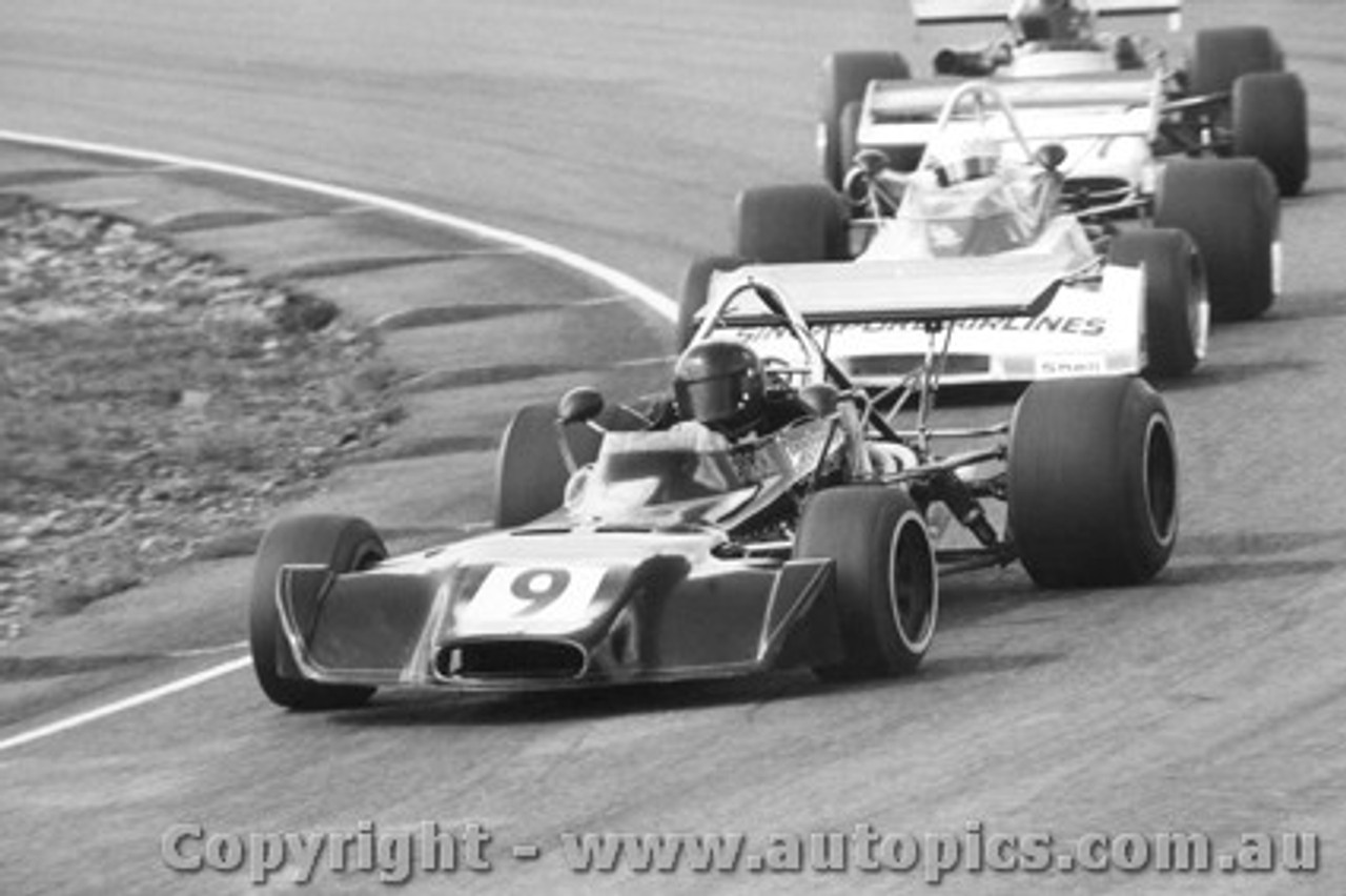 73501 - Peter Brock Birrana 273/Hart - G. Lawrence Surtees/Hart - Amaroo 1973
