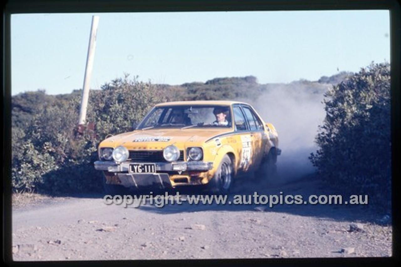 Castrol Rally 1976 - Code - 76-T-Castrol-027