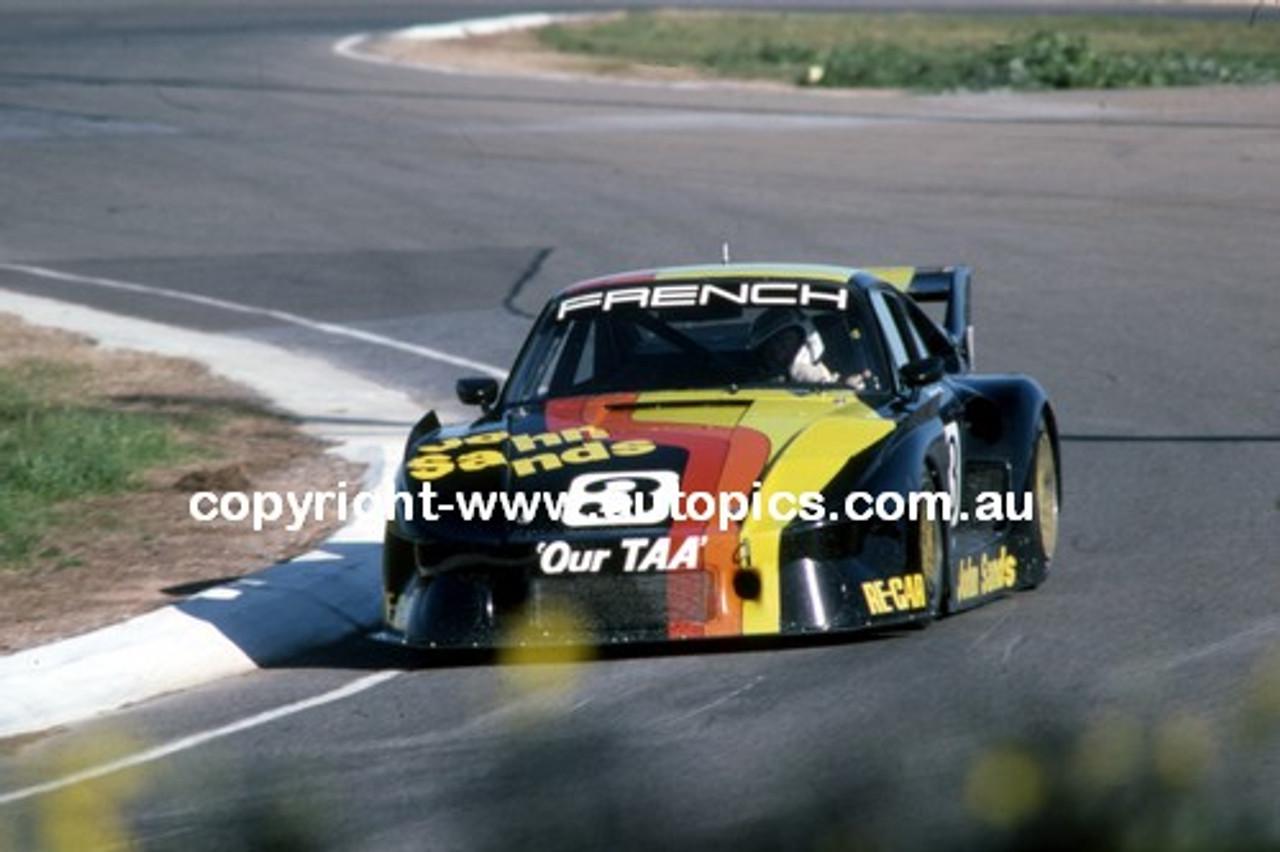 83005a - Rusty French Porsche 935 - AIR 1983 - Photographer Peter D'Abbs