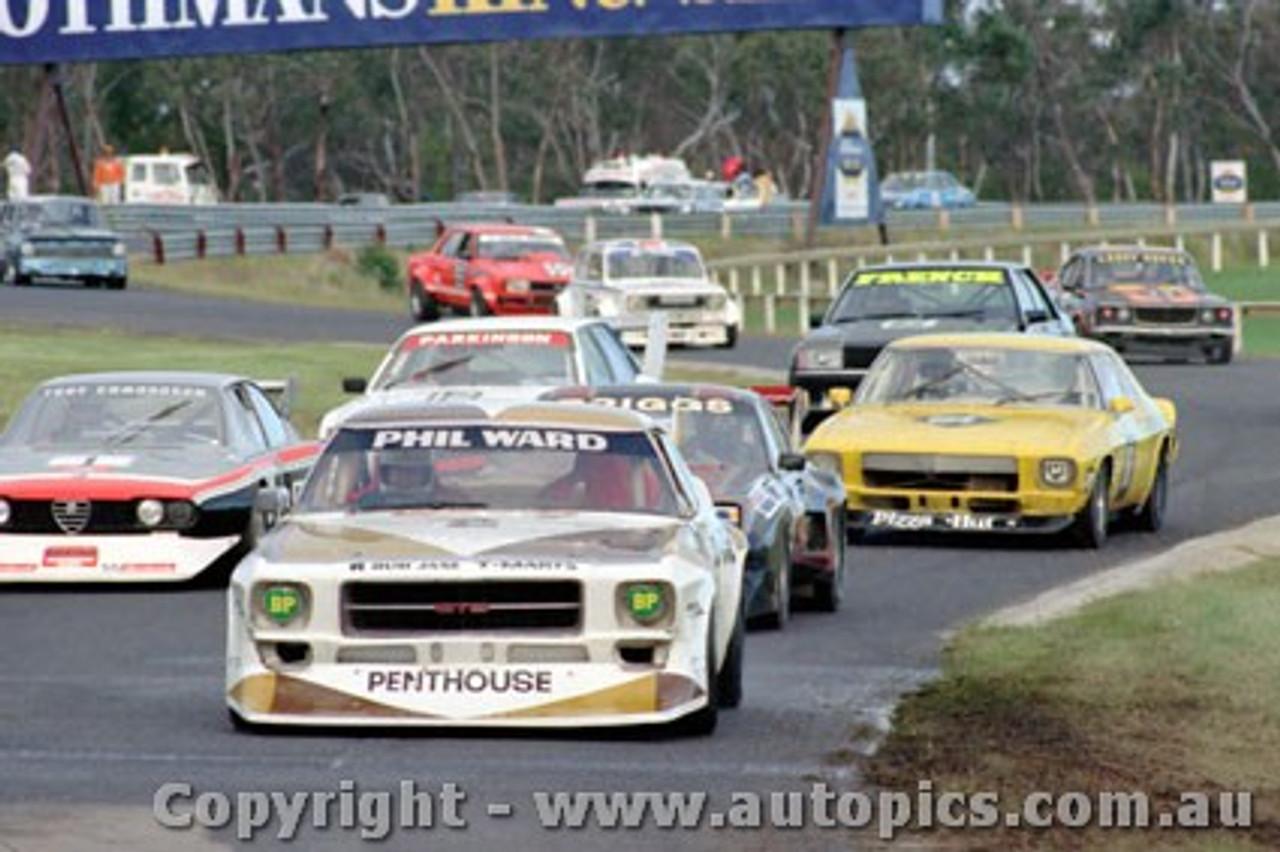 81016 - Phil Ward Holden Monaro - Sandown 1981