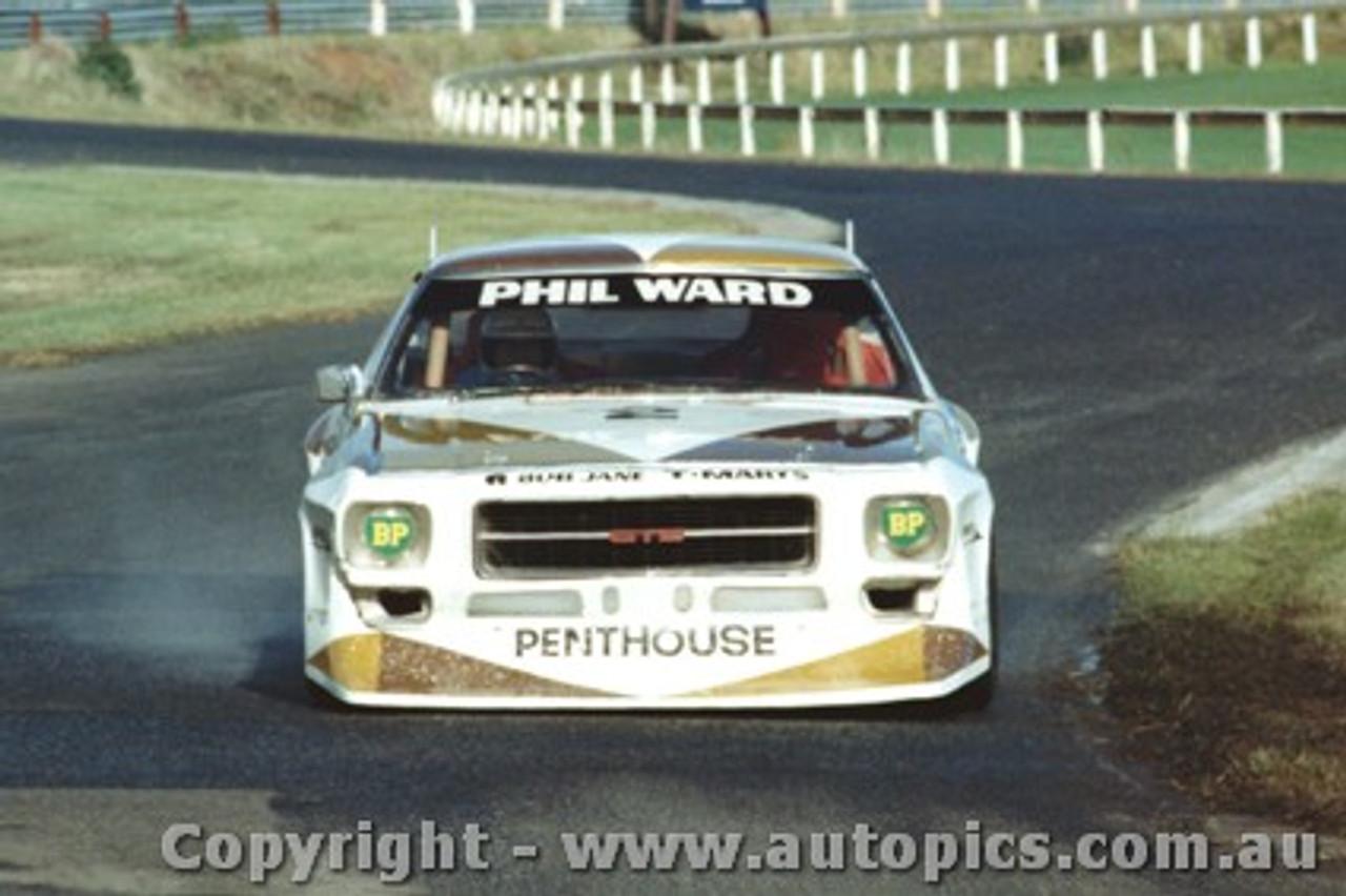 81017 - Phil Ward Holden Monaro - Sandown 1981