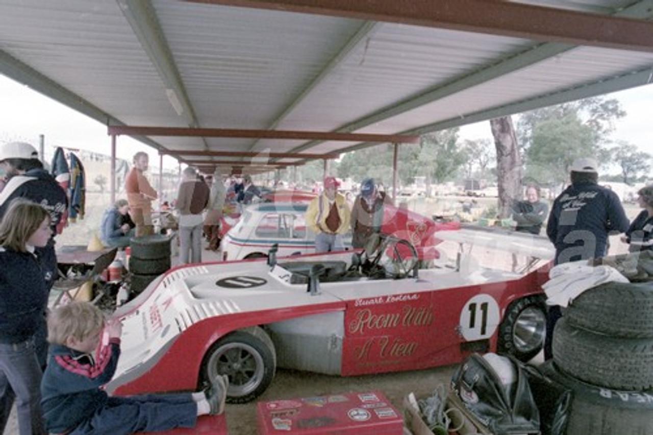 80102 - Stuart Kostera Elfin MS7, Wanneroo 8th June 1980 - Photographer Tony Burton
