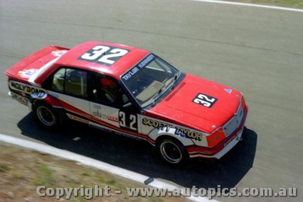 82728 - Taylor / Kennedy  Holden Commodore - Bathurst 1983