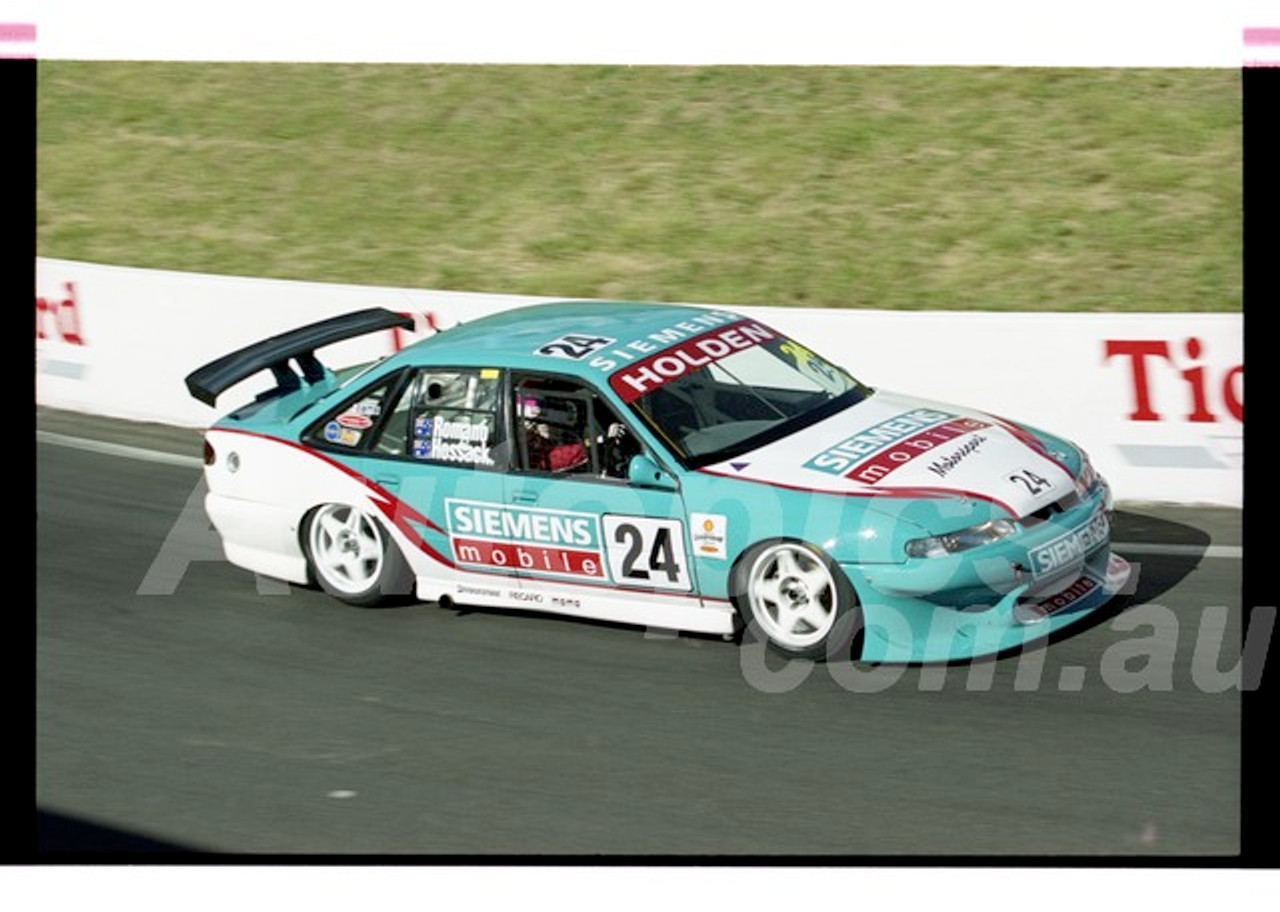 Bathurst FIA 1000 15th November 1999 - Photographer Marshall Cass - Code 99-MC-B99-1291
