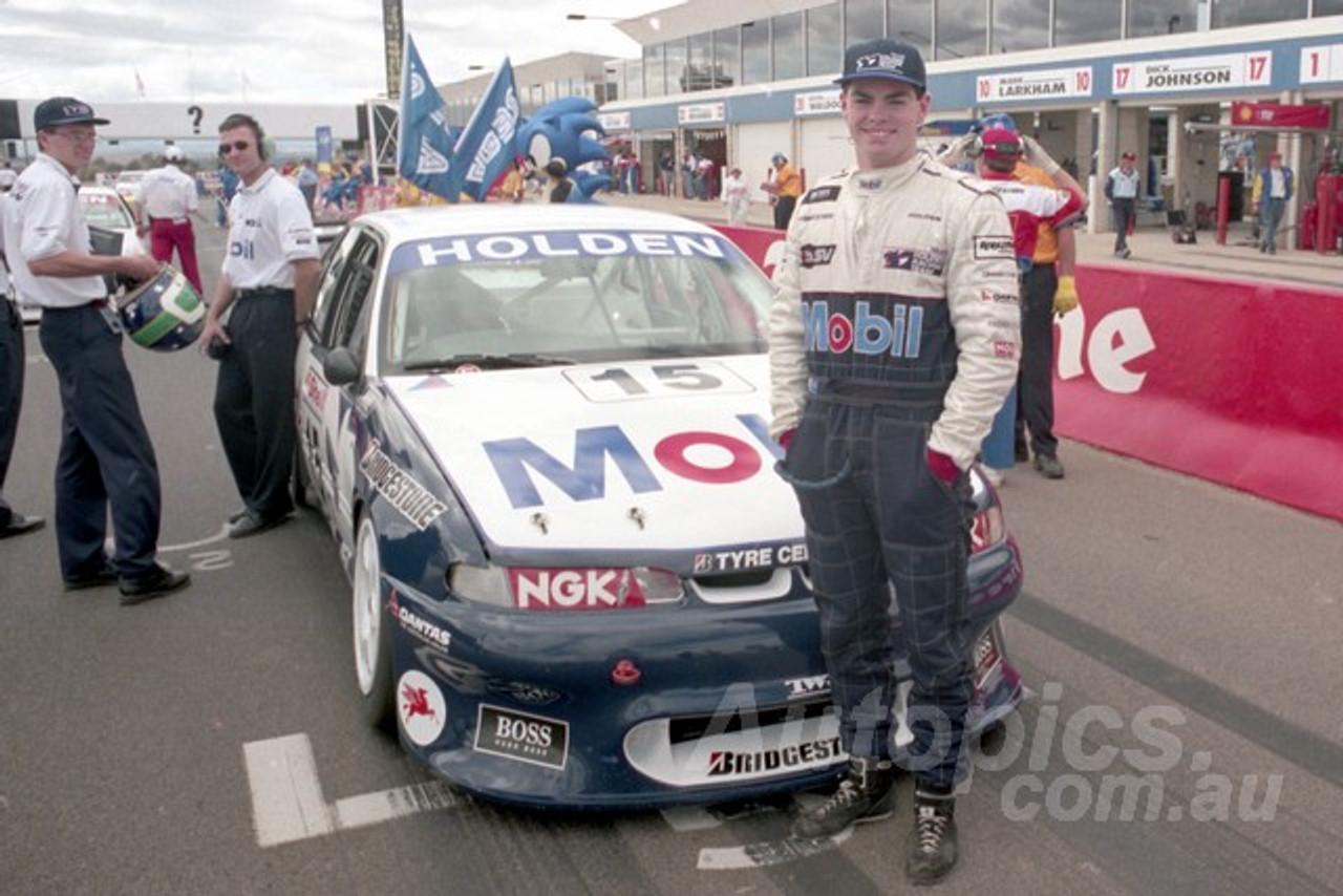 96844 - Craig Lowndes & Greg Murphy - Commodore VR - AMP Bathurst 1000 1996 - Photographer Marshall Cass