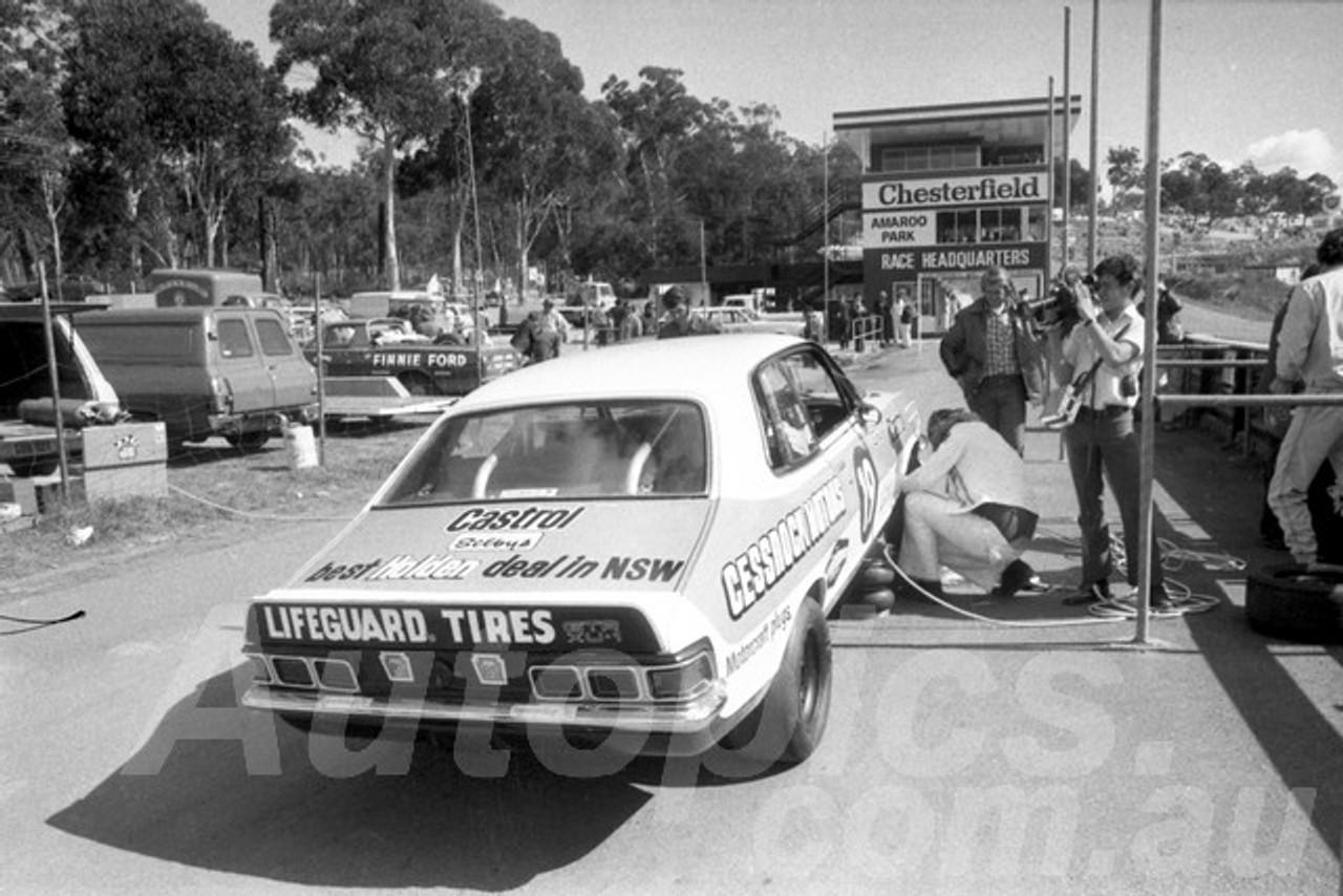 73287 - Allan Grice, Torana XU1 - Amaroo 1973  - Photographer Lance Ruting