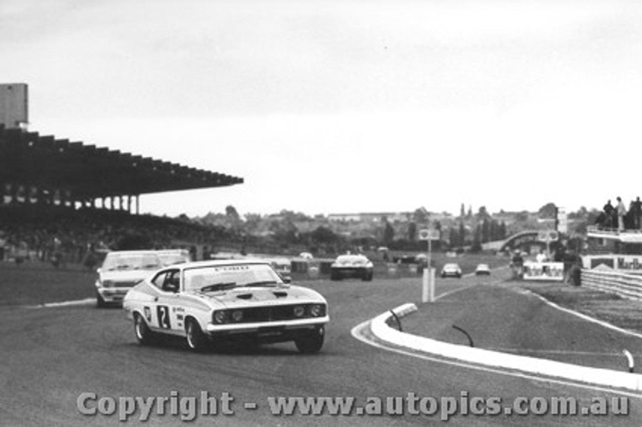 77034 - Colin Bond  Ford Falcon XC - Sandown 17/4/77