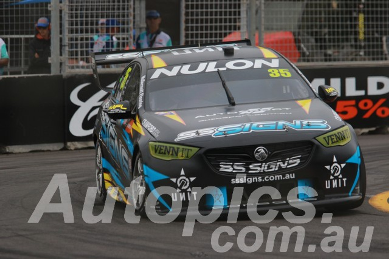 19038 - Todd Hazelwood, Holden Commodore ZB - Newcastle 2019