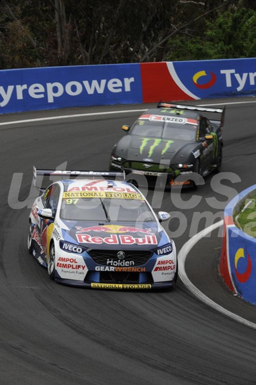 2020002 - Shane Van Gisbergen & Garth Tander, Holden Commodore ZB - Bathurst 1000, 2020