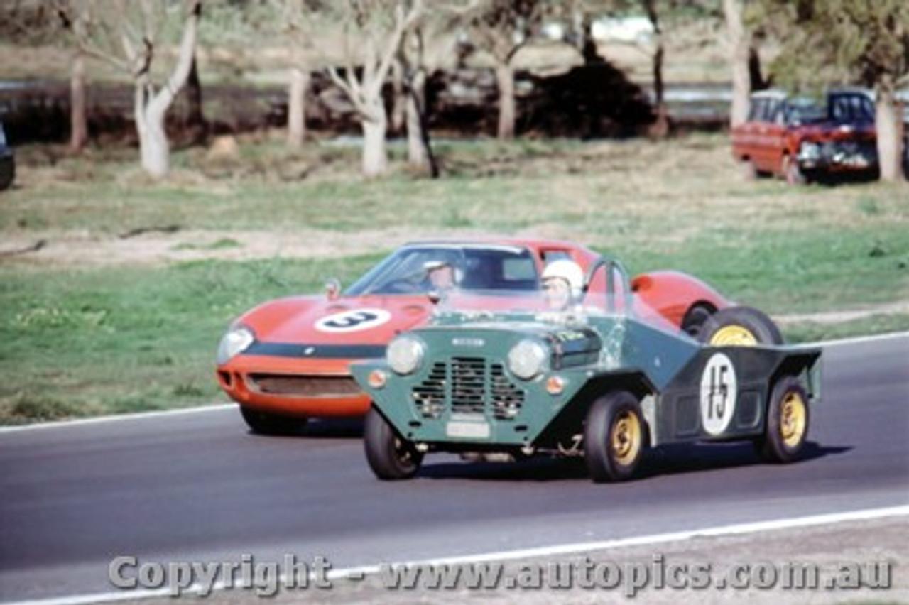 66441 - J. Stewart / A. Buchanan  Ferrari 250 LM - Smith / Seton Morris Mini Moke - Rothmans 12 Hour Sports Car Race - Surfers Paradise 1966 - Photographer John Stanley