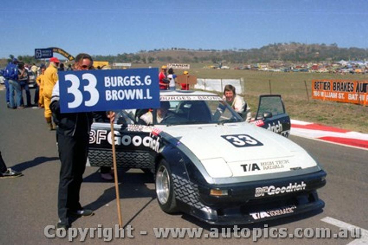 82739  - G. Burgess / L. Brown  -  Bathurst 1982 - Mazda RX7