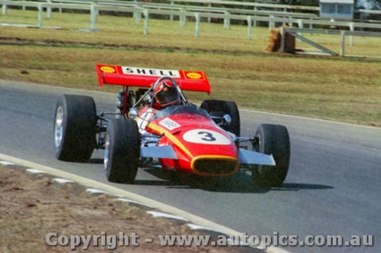 70558 - John Harvey - Jane Repco V8 - Warwick Farm 6th September 1970 - Photographer Jeff Nield