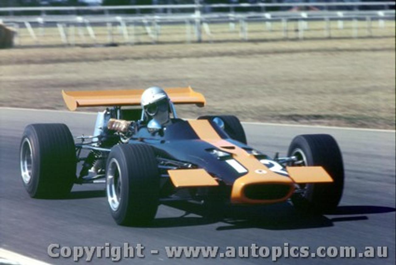 70573 - Warwick Brown McLaren M4a FVA - Warwick Farm 6th September 1970