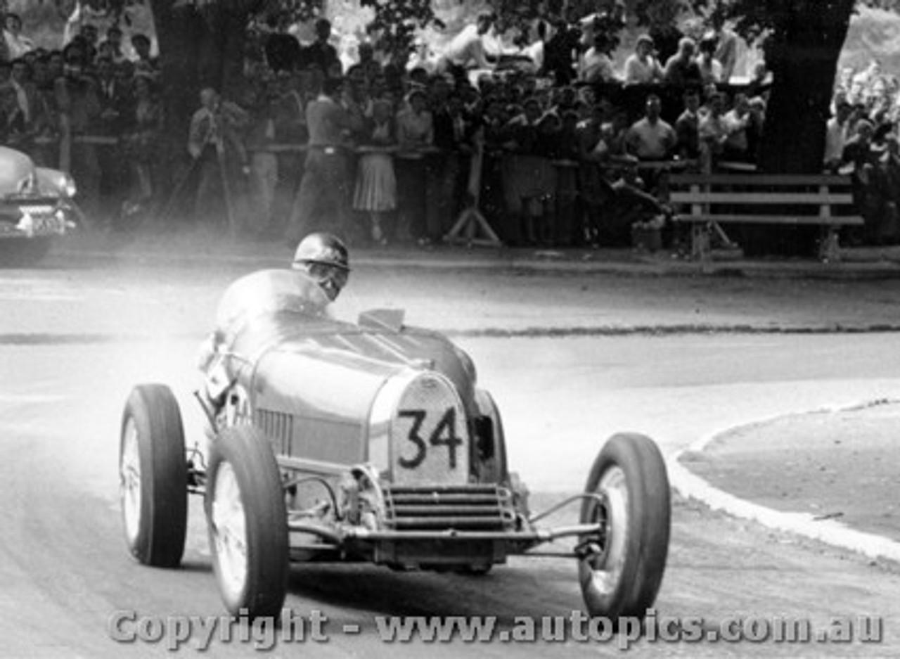 58538 - A. Miller Miller Special / J. Roxburgh Cooper Climax - Phillip Island  26th December  1958 - Photographer Peter D Abbs