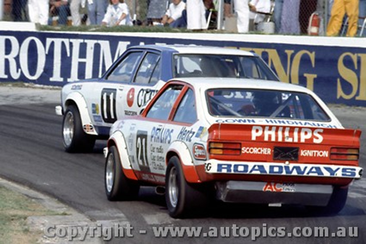 79035 - G. Cook / C. O'Brien Holden Torana A9X - Oran Park 25th March 1979 - Photographer Richard Austin