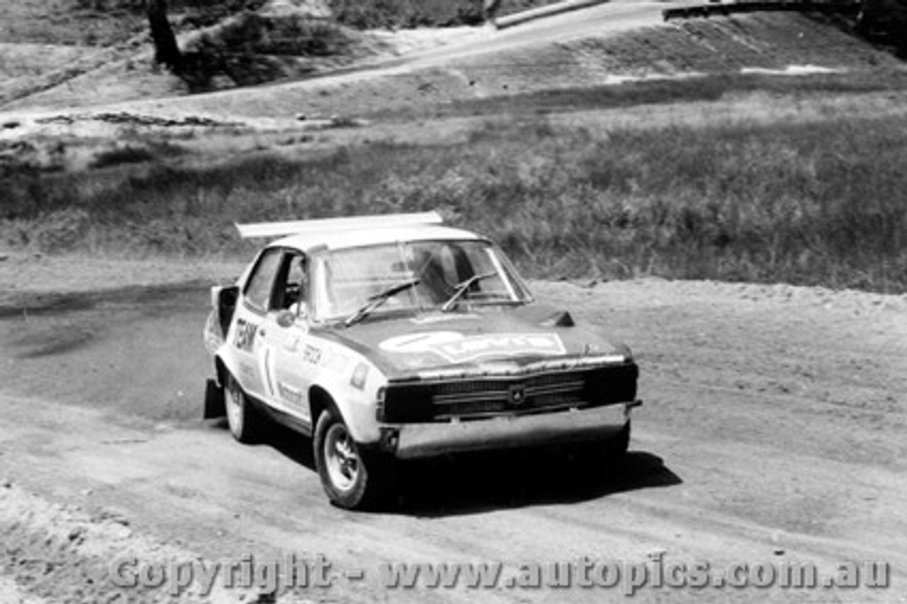72965 - Peter Brock Holden Torana - Catalina Rallycross 30th January 1972 - Catalina Park Katoomba - Photographer Lance J Ruting