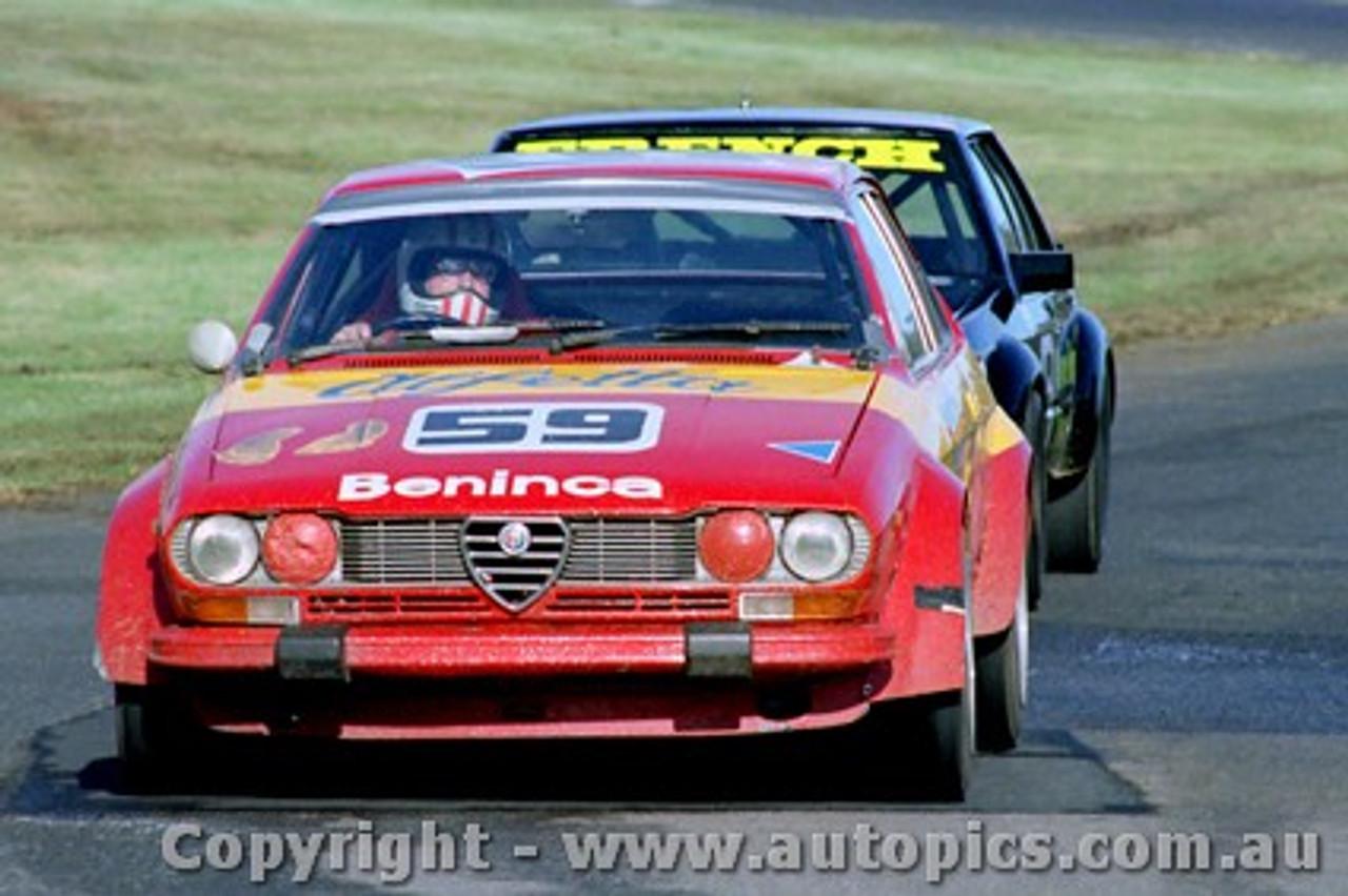 81036 - Joseph Beninca - Alfetta GTV - Sandown 1981 - Photographer Peter D Abbs