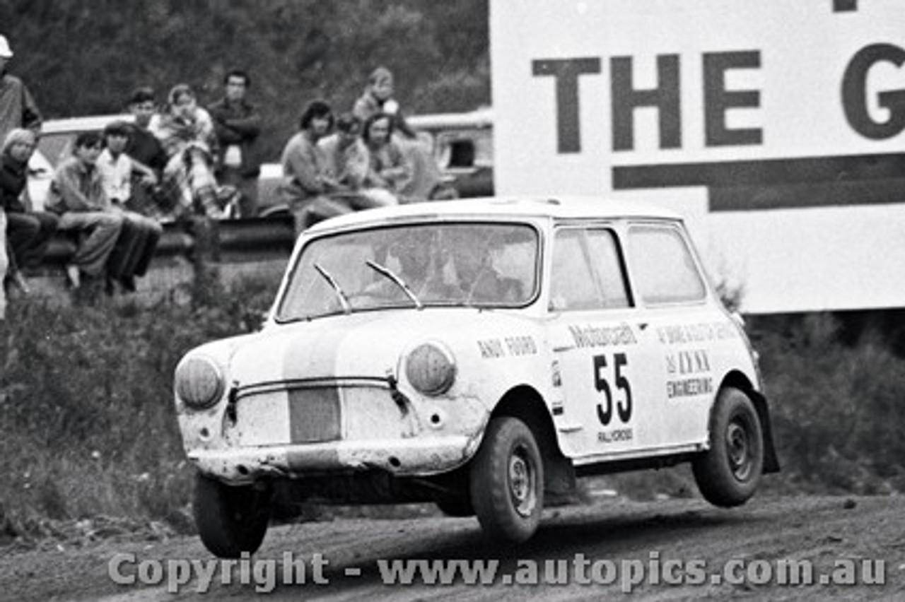 72967 - Andy Foord - Mini - Catalina Rallycross 27th February 1972 - Catalina Park Katoomba - Photographer Lance J Ruting