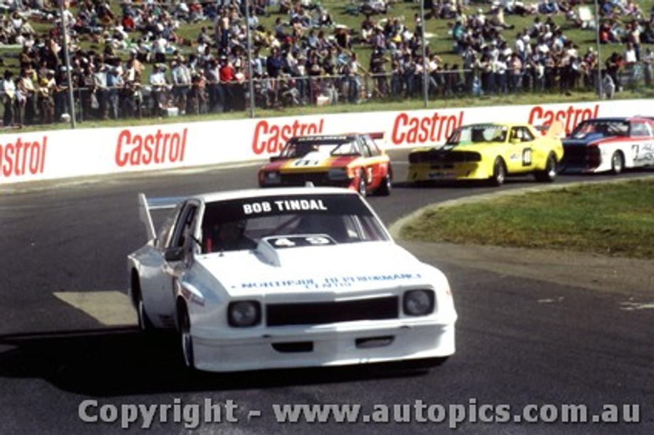 83022 - Bob Tindal Torana  - Oran Park 29th May  1983 - Photographer Lance J Ruting