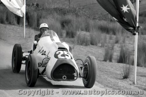 58552 -  R. Gibbs  Cooper Holden  Rob Roy 28th September  1958 - Photographer Peter D Abbs