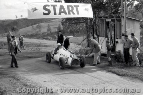 58553 -  R. Gibbs  Cooper Holden  Rob Roy 28th September  1958 - Photographer Peter D Abbs