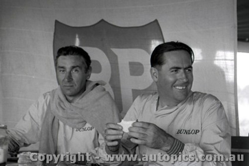 61532 - Jack Brabham  & Roy Salvadori  Cooper Climax - Hume Weir - 13th March 1961 - Photographer Peter D Abbs