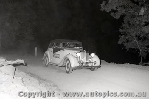67804 - MG - Southern Cross Rally 1967 - Photographer Lance J Ruting