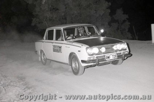 67809 - Toyota Corona - Southern Cross Rally 1967 - Photographer Lance J Ruting