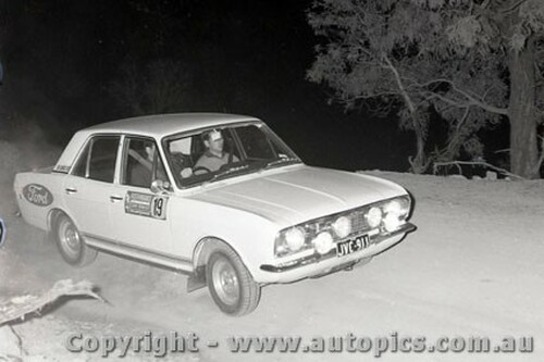 67830 - Ford Cortina - Southern Cross Rally 1967 - Photographer Lance J Ruting
