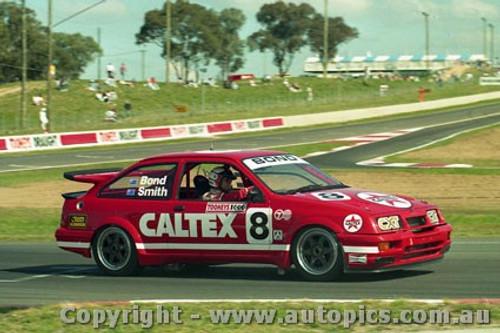 92731  - Colin Bond / John Smith - Ford Sierra RS500  -  Bathurst 1992 - Photographer Lance Ruting