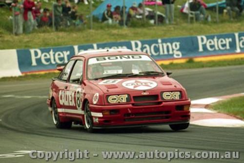 92734  - Colin Bond / John Smith - Ford Sierra RS500  -  Bathurst 1992 - Photographer Lance Ruting