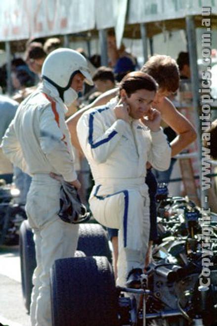 68599 - Pedro Rodriguez & R. Attwood - BRM V12 - Tasman Series  Sandown - 1968 - Photographer David Blanch