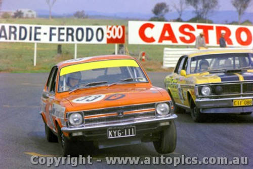 71837 - B. Jane / J. Harvey -  Holden Torana LC XU1 & Des West Ford Falcon XY GTHO Bathurst 1971 - Photographer Jeff Nield