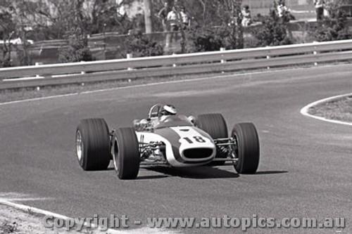 69574 - A. Costanzo - McLaren Ford FVA - Sandown 16th February 1969 - Photographer Peter D Abbs