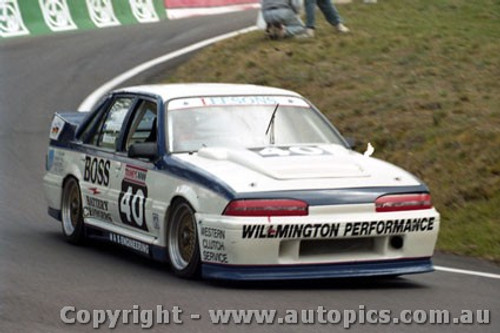 92740  - John Leeson / Rohan Cooke - Holden Commodore VL  -  Bathurst 1992 - Photographer Lance J Ruting