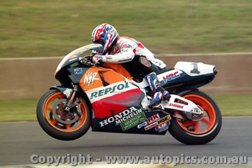 95301 - Mick Doohan  Honda  - Australian Moto GP Eastern Creek 1995 - Photographer Marshall Cass