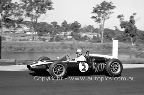 62547 - Roy Salvadori, Cooper - Sandown 1962 - Photographer Peter DAbbs