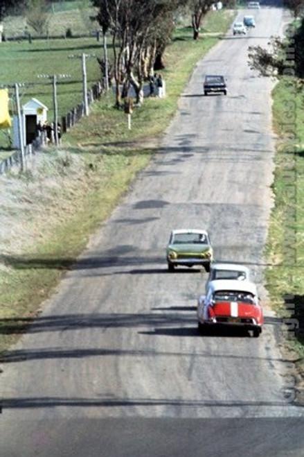 64744 - B. Buckle / B. Foley - Citroen ID19 head up Mountain Straight - Bathurst 1964 - Photographer Richard Austin