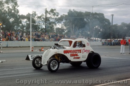 75908 - Outrage - Castlereagh Drags 1975 - Photographer Jeff Nield