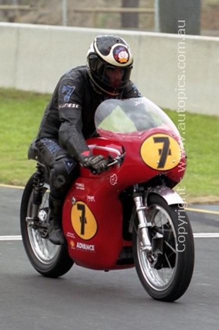 99304 - Barry Sheene - Queensland Raceway - 11th August 1999 - Photographer Marshall Cass