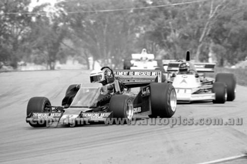 79632 - G. McRae, GM3 & J. Bowe, Elfin MR8 -  Winton  Rose City 10,000 - 28th October 1979 - Photographer Darren House