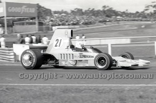 79637 - Peter Edwards, Lola T332 - Sandown 9th September 1979 - Photographer Darren House